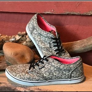 Black and white paisley vans with pink bottoms